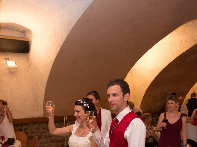 Le mariage de Raphaël et Mélanie à Chiroubles, Rhône 25