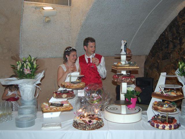 Le mariage de Raphaël et Mélanie à Chiroubles, Rhône 28