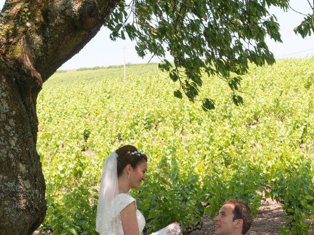 Le mariage de Raphaël et Mélanie à Chiroubles, Rhône 7