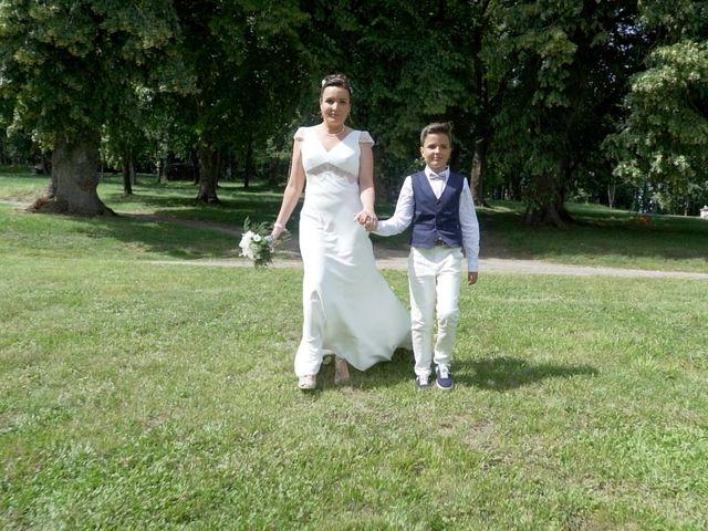Le mariage de Cyril et Fabienne à Thuré, Vienne 27