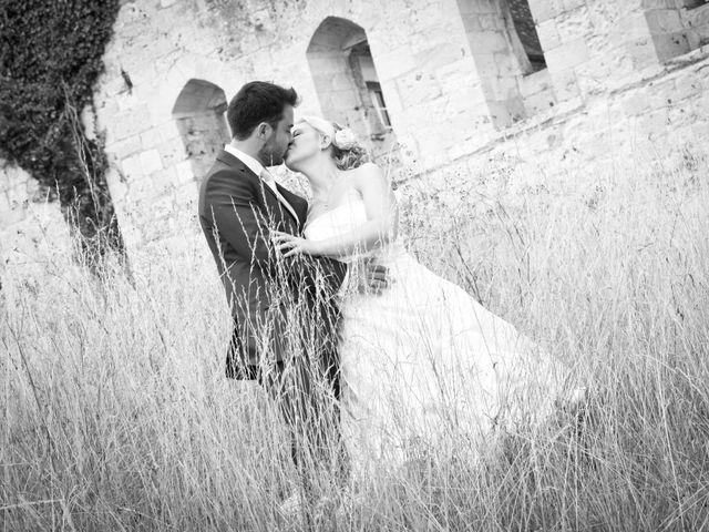Le mariage de Romain et Peroline à Lyons-la-Forêt, Eure 15