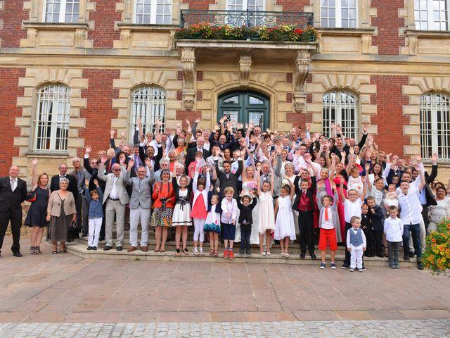 Le mariage de Romain et Peroline à Lyons-la-Forêt, Eure 20