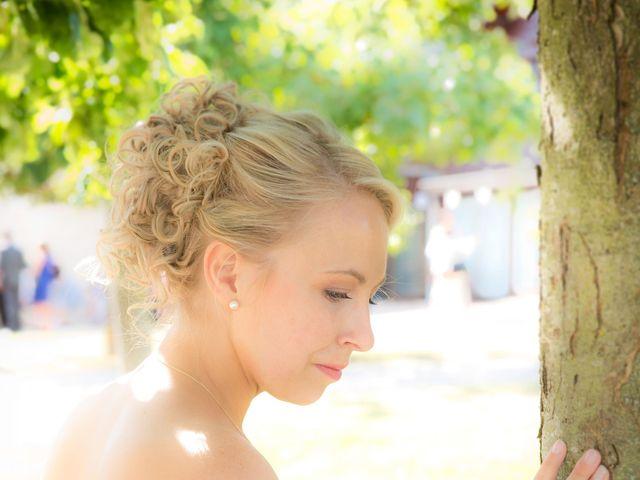 Le mariage de Romain et Peroline à Lyons-la-Forêt, Eure 22