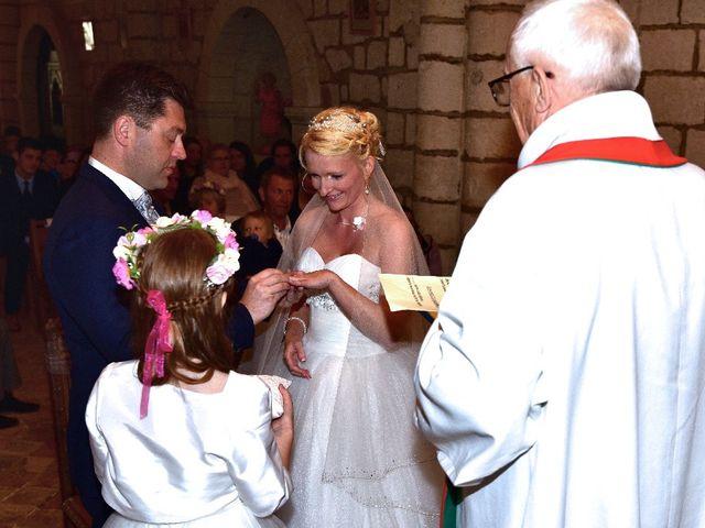Le mariage de Julien  et Franziska à Mouthiers-sur-Boëme, Charente 17