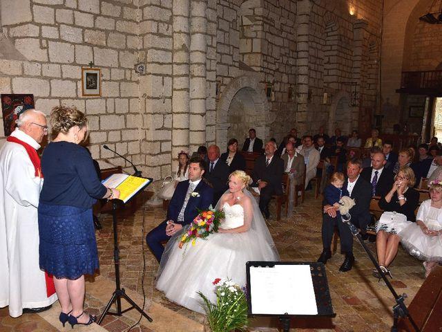 Le mariage de Julien  et Franziska à Mouthiers-sur-Boëme, Charente 23