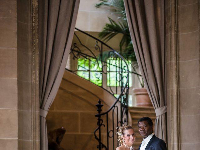 Le mariage de Jean Junior et Nathalie à Combs-la-Ville, Seine-et-Marne 2
