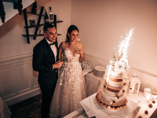 Le mariage de Julien et Laura à Montbazin, Hérault 55