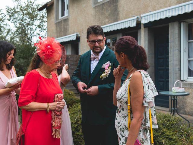 Le mariage de Joffrey et Silvia à Bannegon, Cher 15