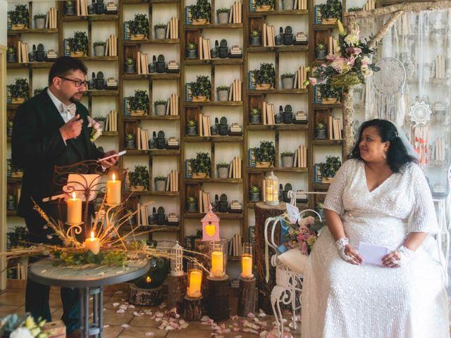 Le mariage de Joffrey et Silvia à Bannegon, Cher 29