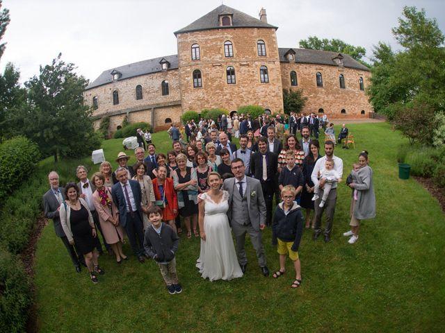 Le mariage de Thomas et Céline à Espalion, Aveyron 29