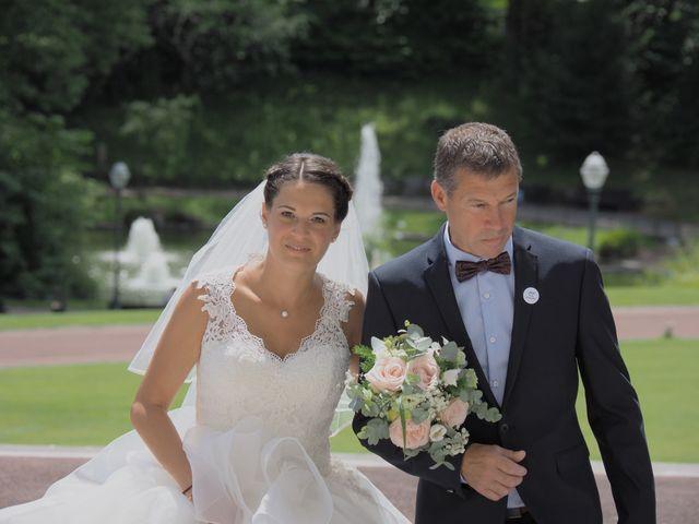 Le mariage de Antoine et Emmanuelle à Cognac, Charente 5