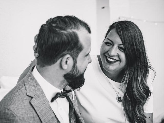 Le mariage de Sarah et Max à Schweighouse-sur-Moder, Bas Rhin 9