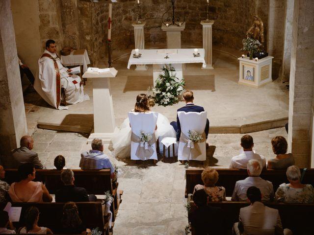 Le mariage de Maxime et Emeline à Pernes-les-Fontaines, Vaucluse 18
