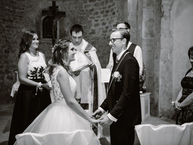 Le mariage de Maxime et Emeline à Pernes-les-Fontaines, Vaucluse 19