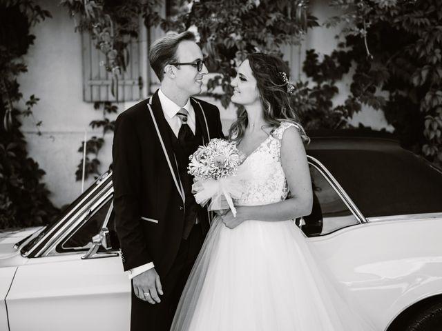 Le mariage de Maxime et Emeline à Pernes-les-Fontaines, Vaucluse 24