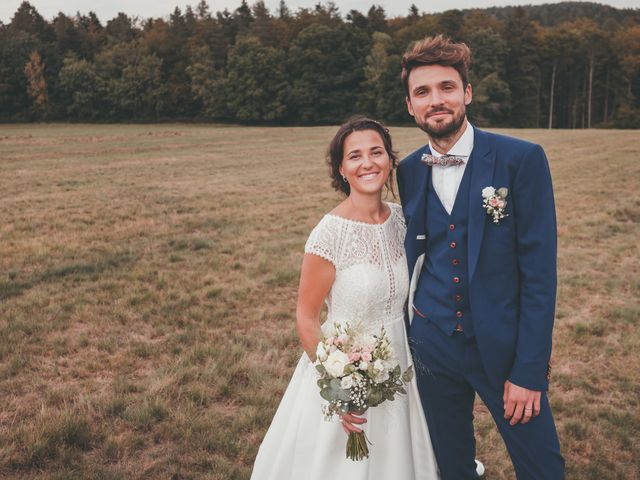 Le mariage de Raphaël et Océane à Wangenbourg, Bas Rhin 329