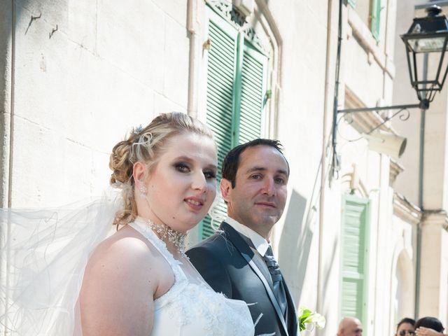 Le mariage de Guillaume et Julie à Grans, Bouches-du-Rhône 1