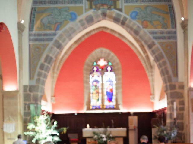 Le mariage de Gatien et Priscille à Saint-Laurent-de-Chamousset, Rhône 14