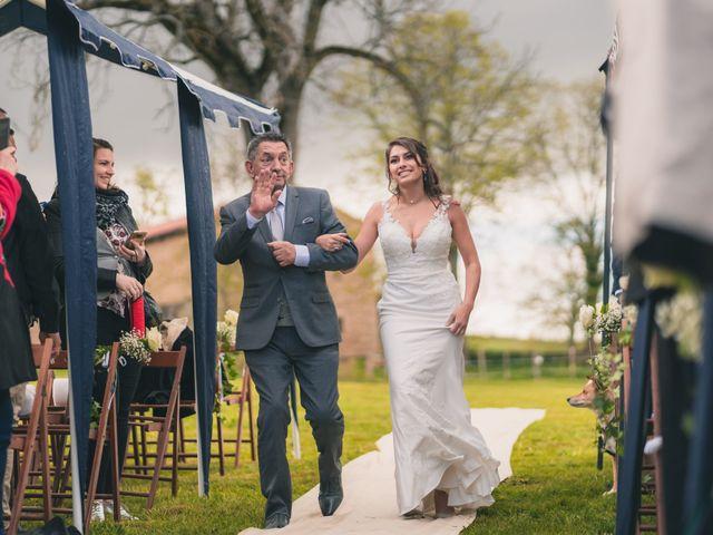 Le mariage de Anthony et Annabelle à Marols, Loire 33