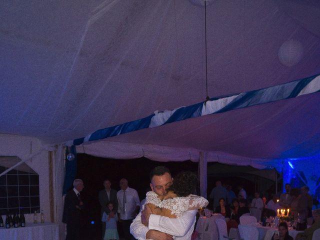 Le mariage de Gregory et Lucie à Neuvic, Dordogne 5