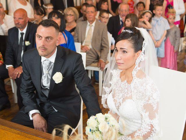 Le mariage de Gregory et Lucie à Neuvic, Dordogne 17