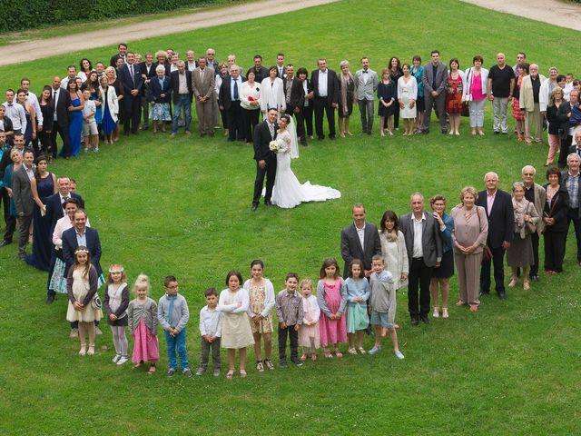 Le mariage de Gregory et Lucie à Neuvic, Dordogne 24