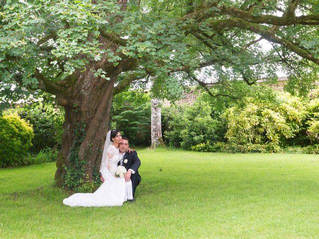 Le mariage de Gregory et Lucie à Neuvic, Dordogne 28