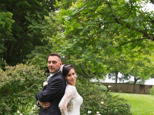 Le mariage de Gregory et Lucie à Neuvic, Dordogne 29