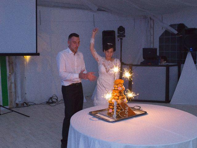 Le mariage de Gregory et Lucie à Neuvic, Dordogne 38