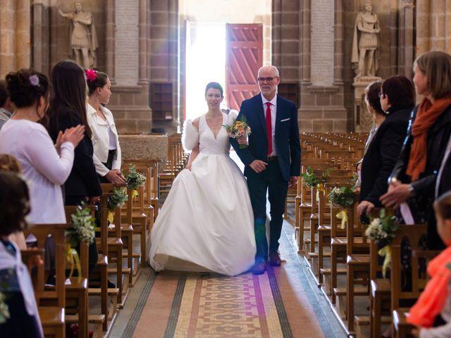 Le mariage de Christophe et Elise à Tiffauges, Vendée 27