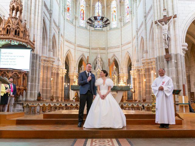 Le mariage de Christophe et Elise à Tiffauges, Vendée 32