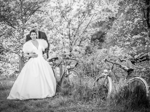 Le mariage de Christophe et Elise à Tiffauges, Vendée 56