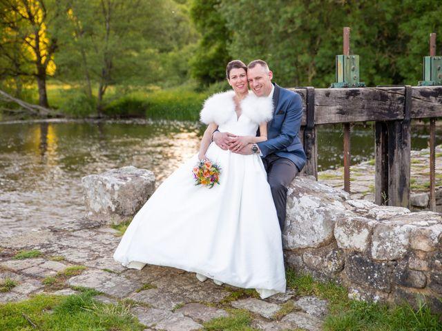 Le mariage de Christophe et Elise à Tiffauges, Vendée 59