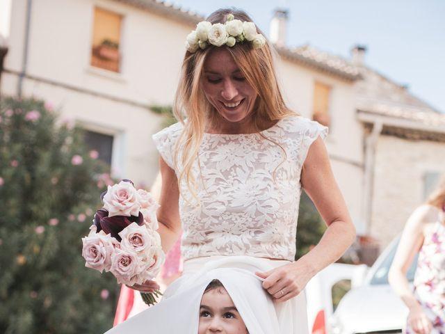 Le mariage de Clément et Marie à Goudargues, Gard 24