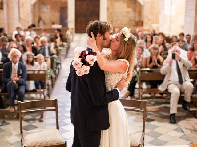 Le mariage de Clément et Marie à Goudargues, Gard 30