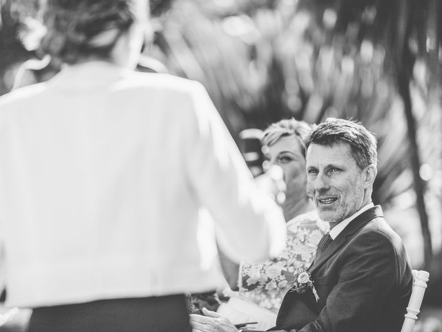 Le mariage de Christophe et Hélène à Pessac, Gironde 22