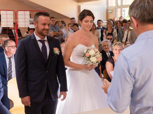 Le mariage de Adrien et Lucie à Belfort, Territoire de Belfort 24