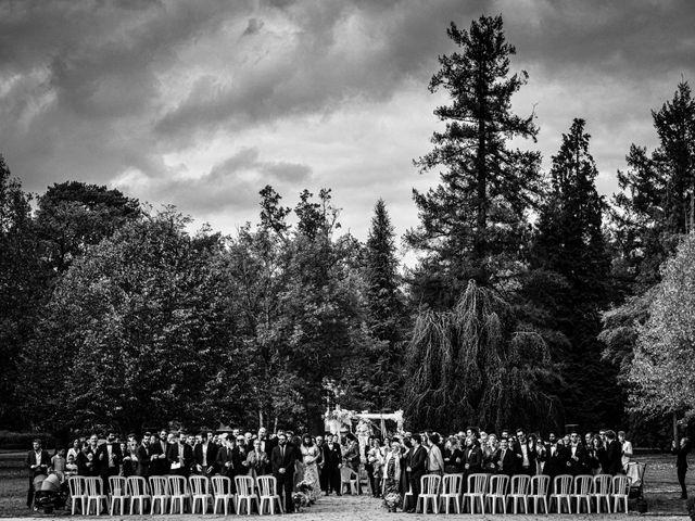 Le mariage de Arthur et Hélène à Nouan-le-Fuzelier, Loir-et-Cher 29