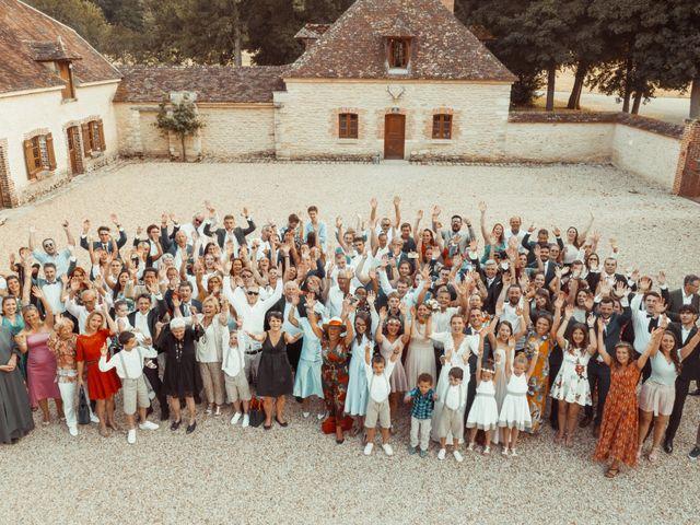 Le mariage de Vincent et Sarah à Fouchères, Aube 33