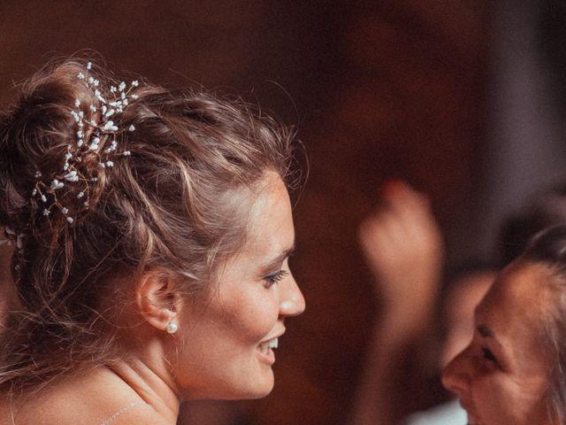 Le mariage de Vincent et Sarah à Fouchères, Aube 37