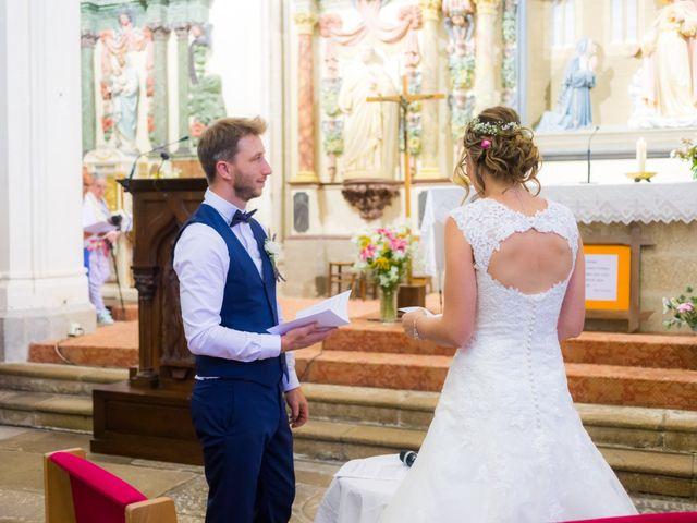 Le mariage de Jimmy et Émilie à Courlay, Deux-Sèvres 22