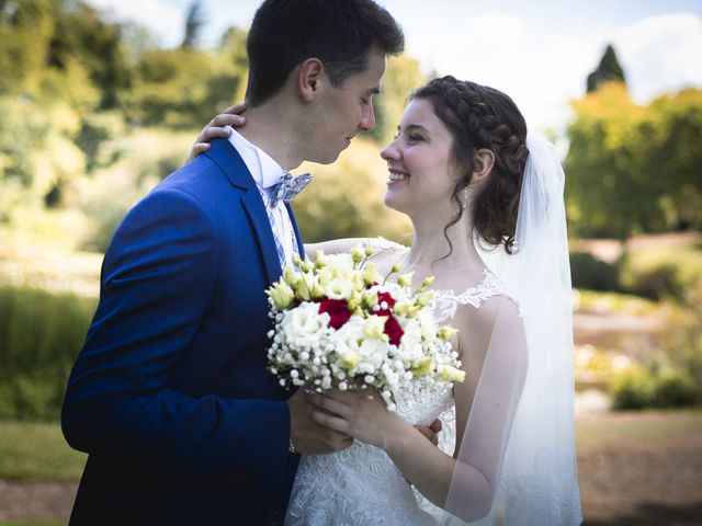 Le mariage de Simon et Marine à Lusignan, Vienne 7