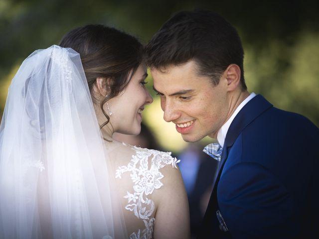 Le mariage de Simon et Marine à Lusignan, Vienne 17