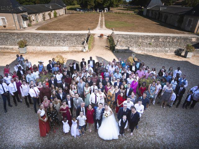 Le mariage de Simon et Marine à Lusignan, Vienne 25
