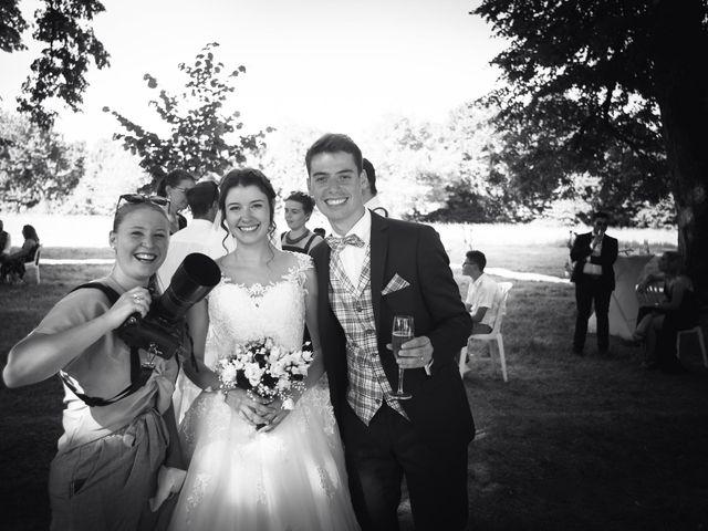 Le mariage de Simon et Marine à Lusignan, Vienne 29