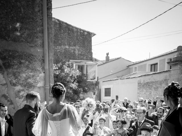 Le mariage de Robin et Mélanie à Saint-Christol, Hérault 9