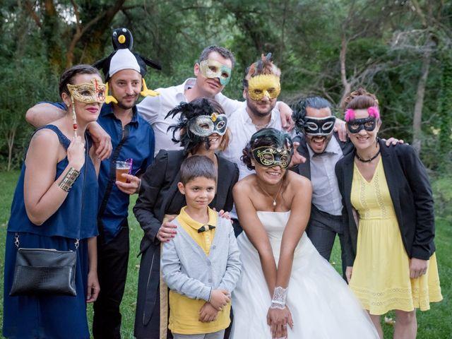 Le mariage de Robin et Mélanie à Saint-Christol, Hérault 23