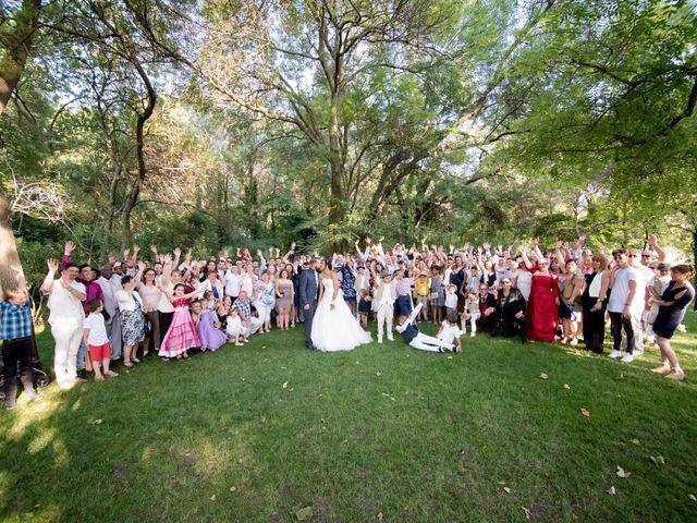 Le mariage de Robin et Mélanie à Saint-Christol, Hérault 25