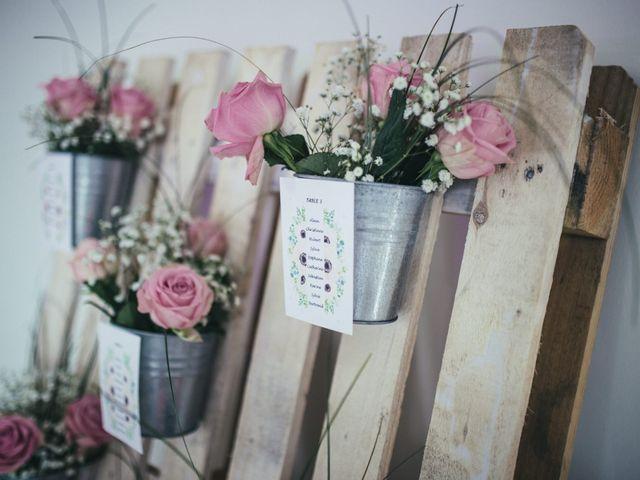 Le mariage de Anthony et Valentine à Beaubec-la-Rosière, Seine-Maritime 56