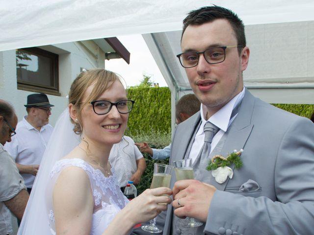 Le mariage de Florian et Aurélie à Canny-sur-Matz, Oise 15